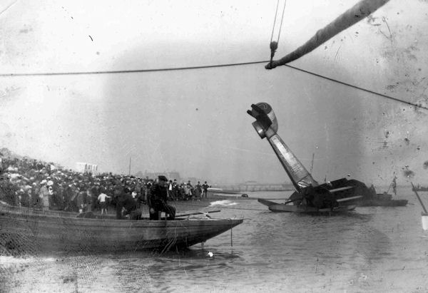 G-EAJH Avro 504 sank in sea off Hove 19 Aug 1920